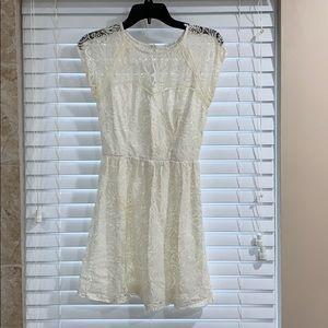 Socialite summer lace dress